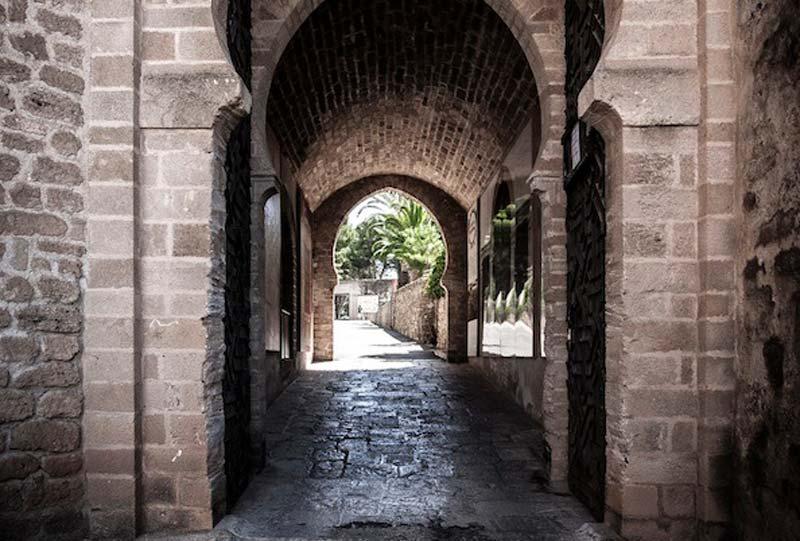 arcos entrada castillo denia