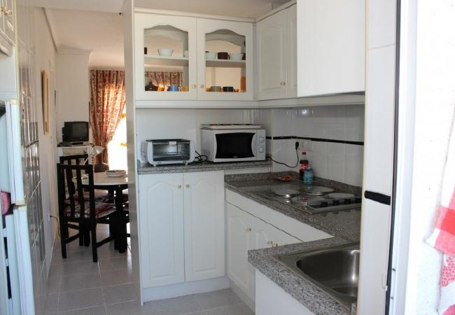 alquiler-piso-en-denia-cocina-amaericana-alquileres-pisos-denia