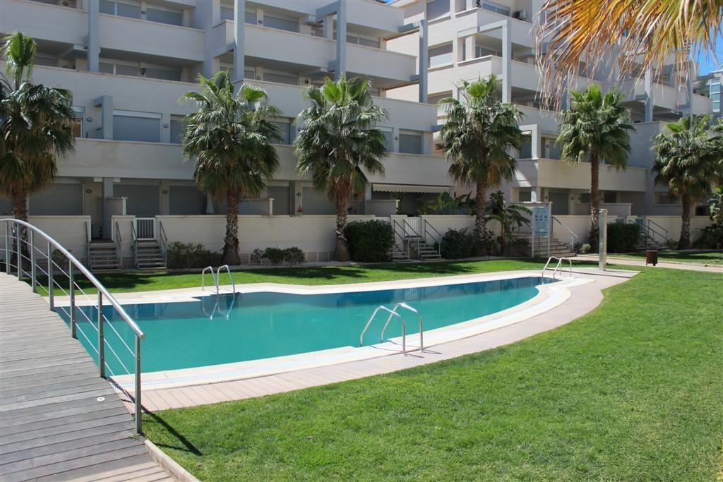 alquiler-apartamento-denia-elegance-127-piscina