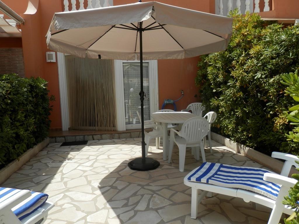 alquiler-bungalow-denia-terraza-comedor-exterior-aguarrosa - Blog ...